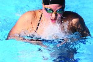 Hannah Kim breaststroke
