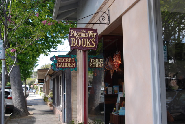 A novel guide to bookstores on the Monterey Peninsula | THE